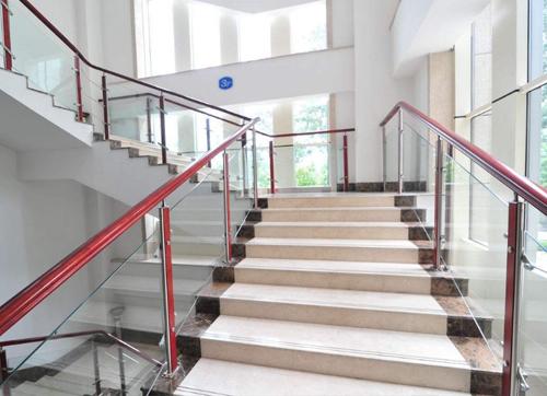 烟台不锈钢楼梯扶手价格