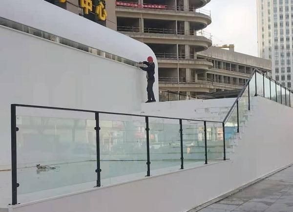 栖霞玻璃扶手